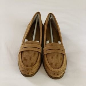 NWT Lucky Brand Suede Caylon Loafers
